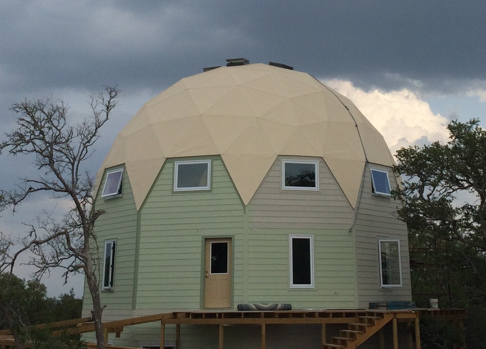 New Mexico Art Studio Dome Built With Econodome Kits